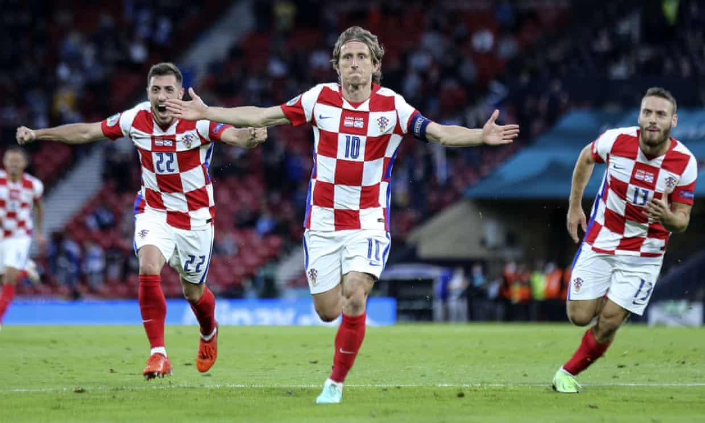 Modric memegang rekor pemain Kroasia termuda dan tertua yang mencetak gol di Euro.  Foto: Reuters