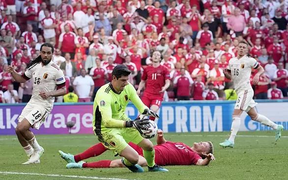 Courtois mới để thua một bàn ở Euro 2021.