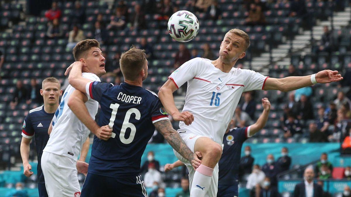 Republik Ceko memainkan sepakbola fisik dan sangat tidak nyaman di babak penyisihan grup Euro 2021. Foto: imago