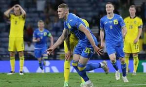Ukraine lần đầu vào tứ kết Euro