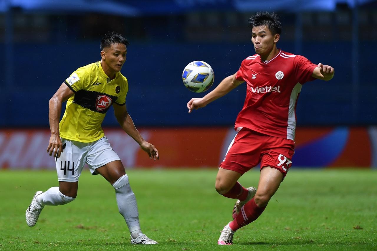"""Viettel เอาชนะ Kaya FC ได้อย่างสมบูรณ์และได้รับชัยชนะที่สมควรได้รับ  ภาพถ่าย: """"Thu Ha."""