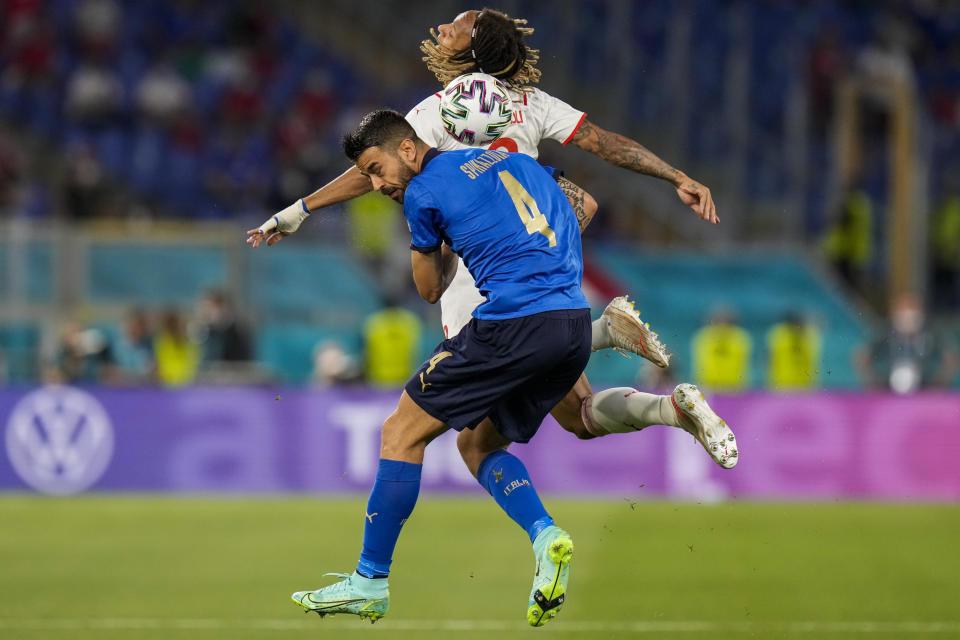 Tinh thần chiến binh của Spinazzola là một trong những phẩm chất mà HLV Mancini trọng dụng khi tìm nhân sự để tái thiết tuyển Italy ba năm qua. Ảnh: AP