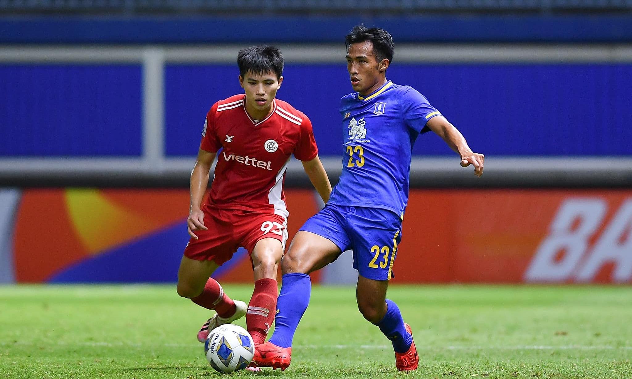 Nhà vô địch V-League 2020 - Viettel - khộng tạo ra nhiều cơ hội trước nhà vô địch Thái Lan. Ảnh: Viettel FC