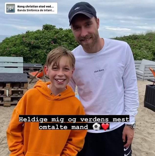 Bindzus memamerkan foto yang diambil bersama Eriksen di Instagram.