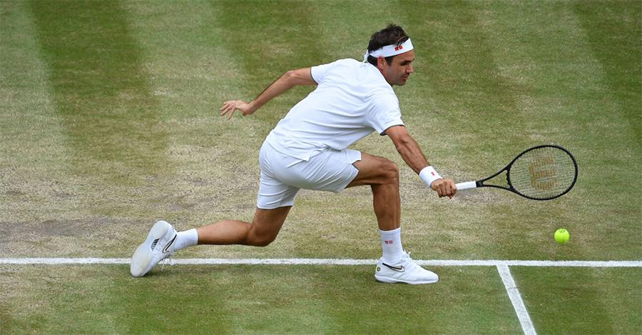 Backhand satu tangan adalah titik lemah Federer di Wimbledon tahun ini.  Foto: ATP