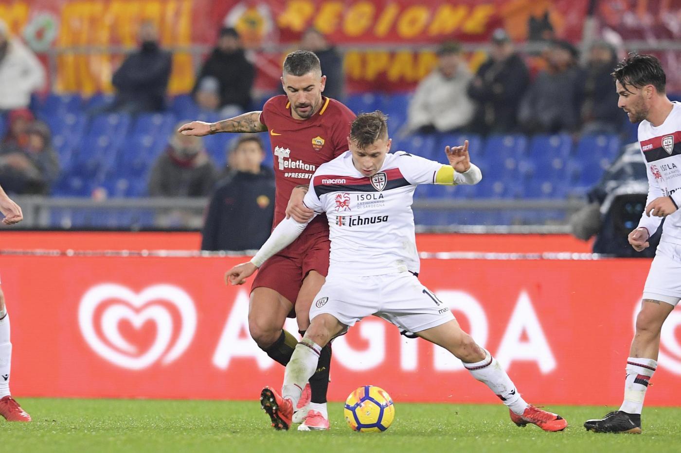 Barella từng được tín nhiệm mang băng đội trưởng Cagliari từ khi 20 tuổi. Ảnh: Lapresse