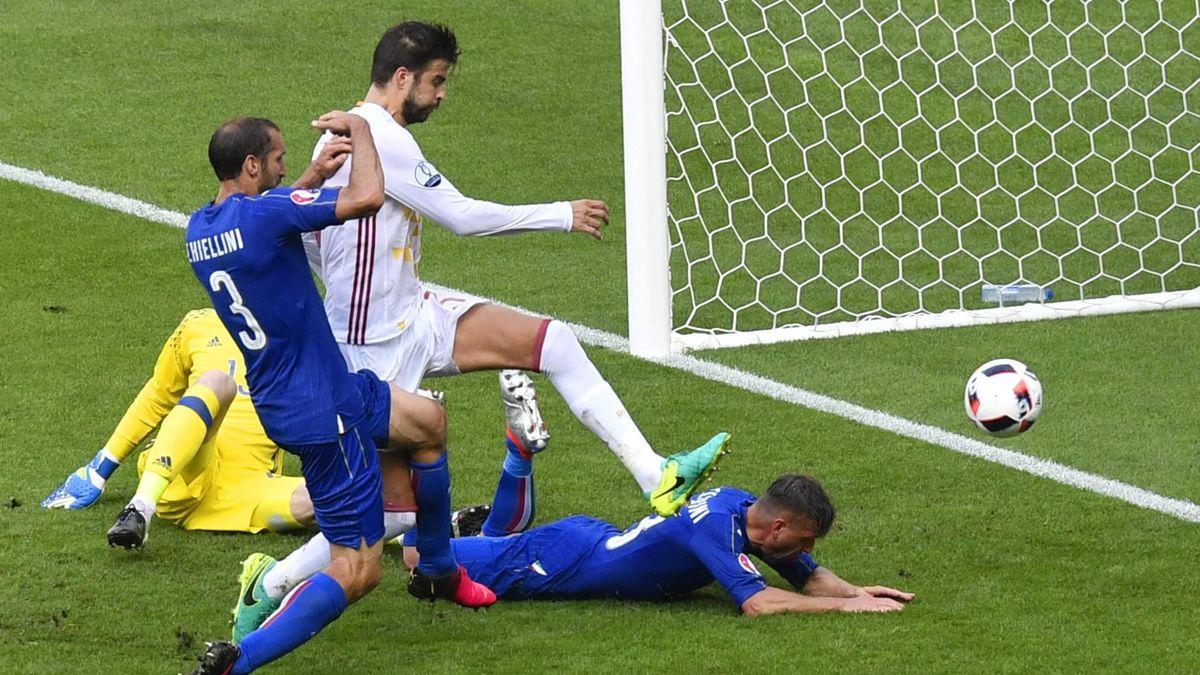 Chiellini, kapten Italia saat ini, dalam fase pembukaan kemenangan 2-0 atas Spanyol di babak 1/8 Euro 2016. Foto: AFP