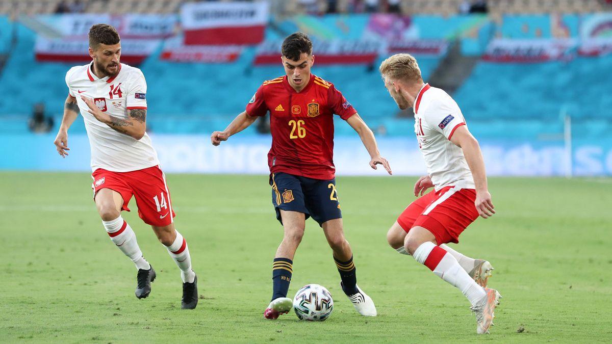 Kisaran luas dan energi yang nyaris tak terbatas membuat Pedri menjadi aset bagi Spanyol di lini tengah.  Foto: RFEF