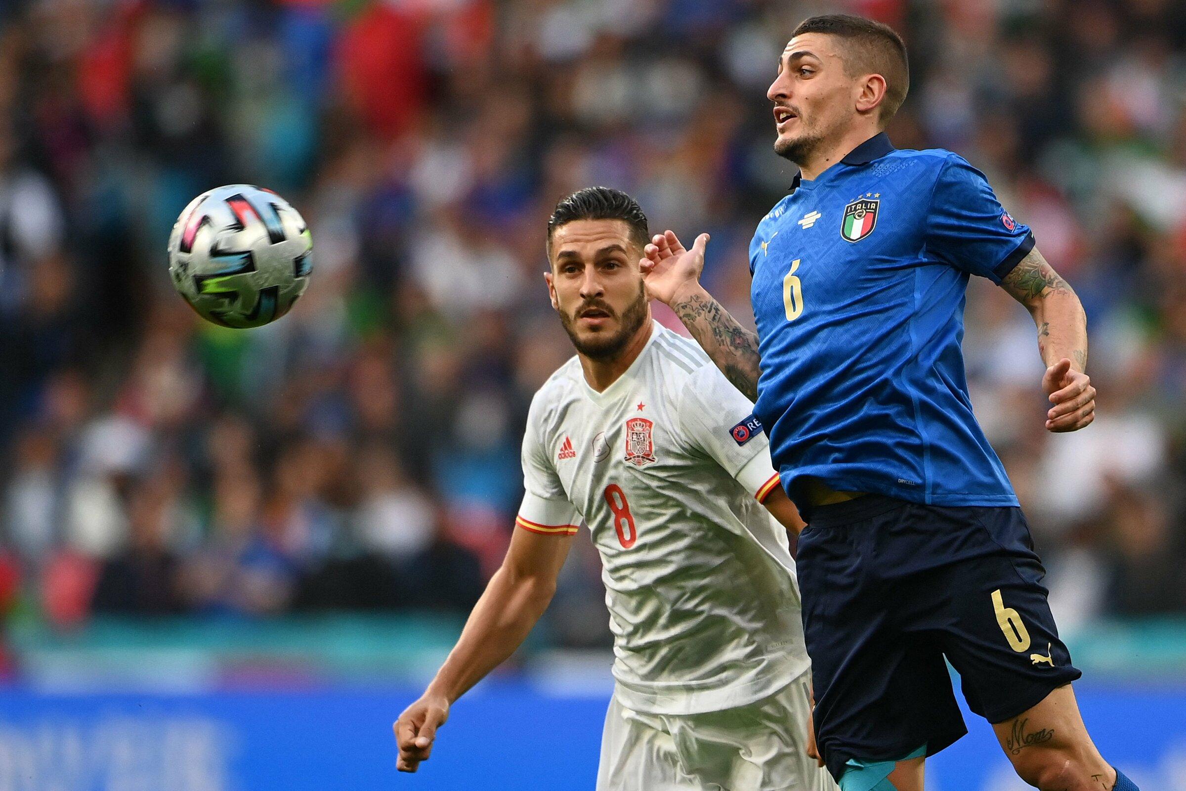 Verratti tranh chấp với Koke trong trận bán kết Italy - Tây Ban Nha hôm 7/7. Ảnh: FIGC