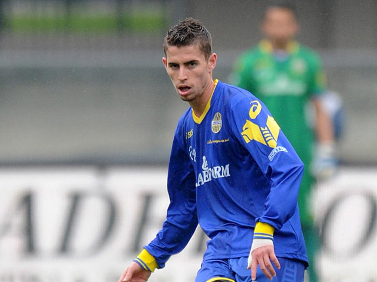 Jorginho thời mới lên đội một Hellas Verona năm 2011. Ảnh: Hellas Verona