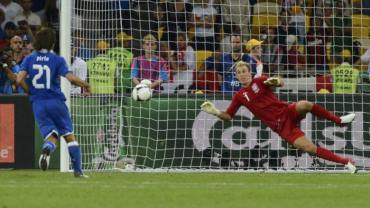 Italia memenangkan Inggris melalui adu penalti di perempat final Euro 2012. Foto: Reuters.