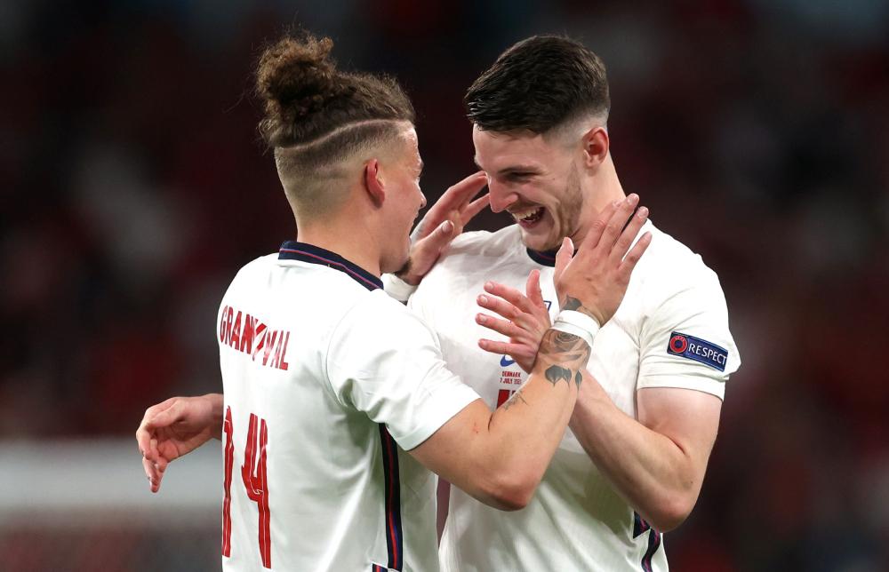 Phillips và Rice góp công không nhỏ vào sáu trận đầu của Anh.