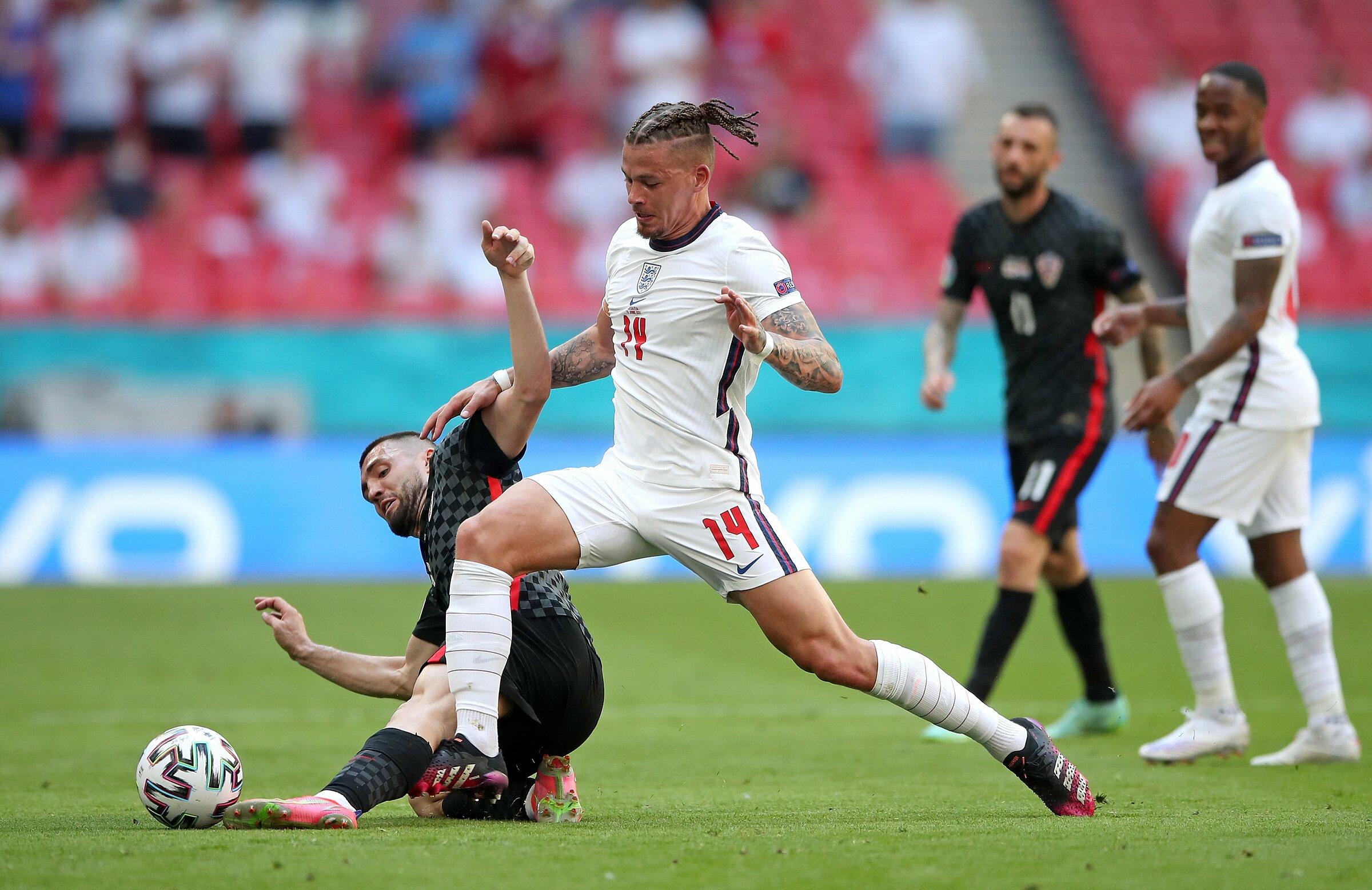 Phillips đang là cầu thủ di chuyển nhiều thứ ba tại Euro 2021 với 67,3 km, chỉ sau Pedri và Jorginho - bộ đôi lần lượt chạy 76,1 và 72,3 km cho các đội Tây Ban Nha và Italy. Ảnh: PA