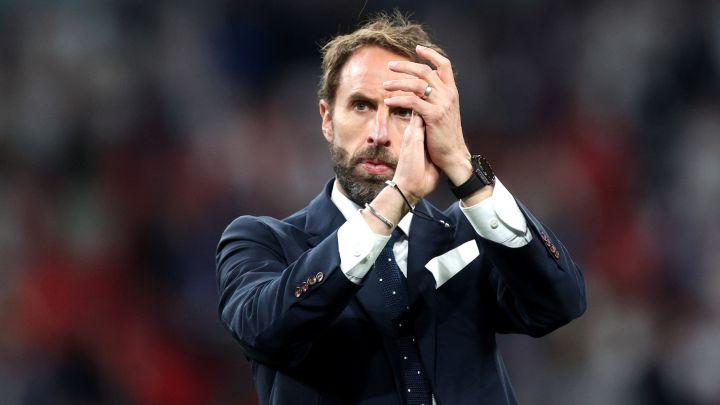 Seandainya para pemain tidak melewatkan adu penalti, Southgate akan menjadi pahlawan Inggris.  Foto: Reuters.