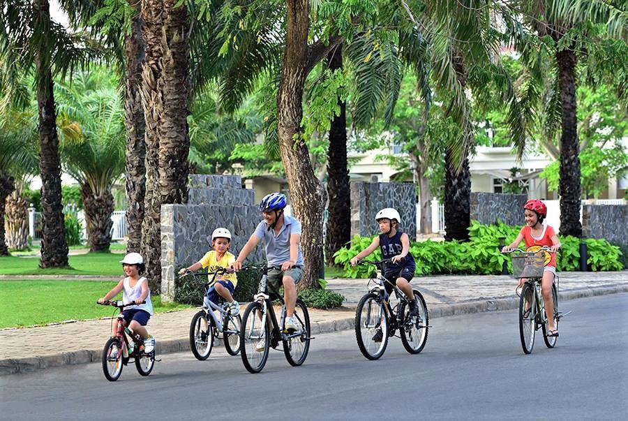 Đạp xe là môn thể thao phù hợp cho cả nhà. Ảnh: Giant.