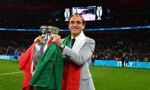 Sacchi: 'Mancini giúp Italy thoát khỏi triết lý phòng ngự'