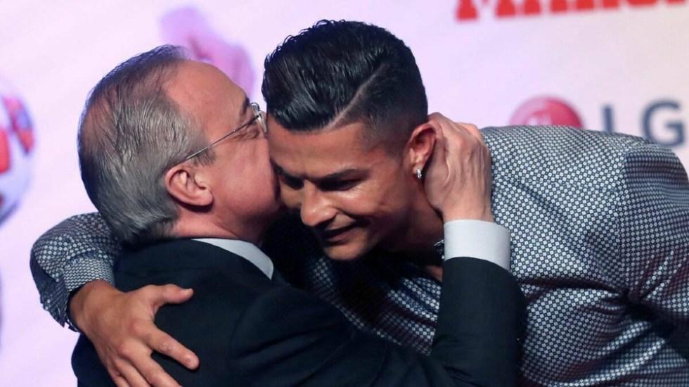 Nội dung các đoạn băng ghi âm lời nói của Perez trái ngược với những hành xử thân thiện và phát biểu tốt đẹp của ông về Ronaldo trước truyền thông. Ảnh: EFE