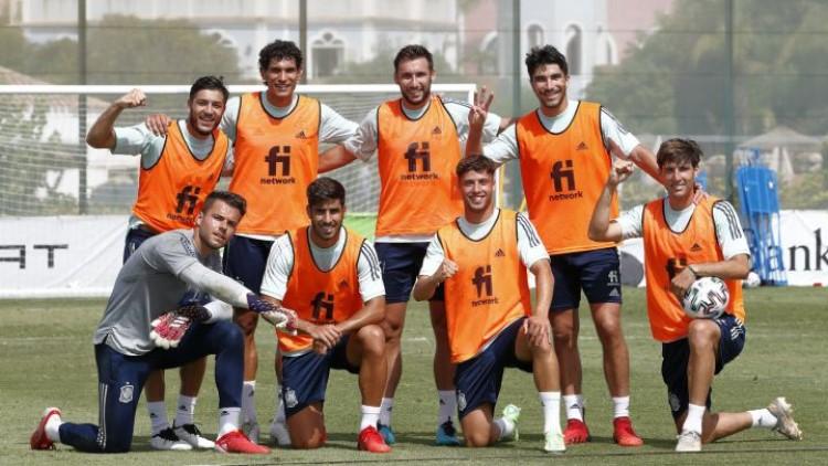 Tây Ban Nha lợi thế vì sở hữu nhiều hảo thủ tại Olympic. Ảnh: Sefutbol.