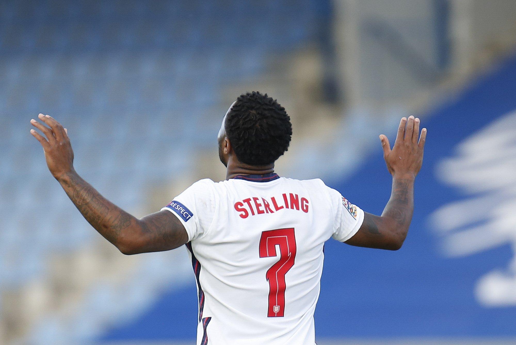 Sterling ghi ba bàn cho tuyển Anh ở vòng chung kết Euro. Ảnh: AP