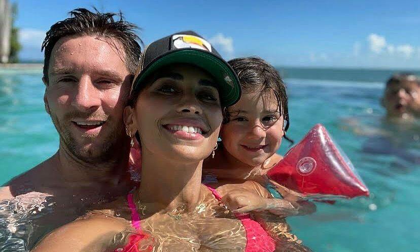 Messi đang trong kỳ nghỉ ở Miami cùng vợ Antonela và ba con. Ảnh: Instagram