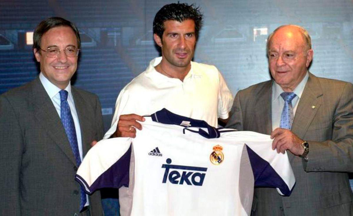 Perez (trái) là đạo diễn vụ đào tẩu của Figo từ Barca sang Real năm 2000. Ảnh: Marca