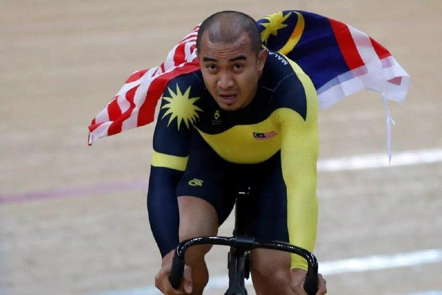 Azizulhasni Awang vừa nhận danh hiệu Datuk, vì những đóng góp cho thể thao Malaysia. Ảnh: NST