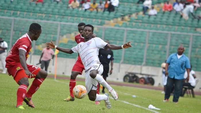 Musah (สีขาว) และทีม Inter Allies ทั้งหมดจะถูกสอบสวน  รูปถ่าย: Goal