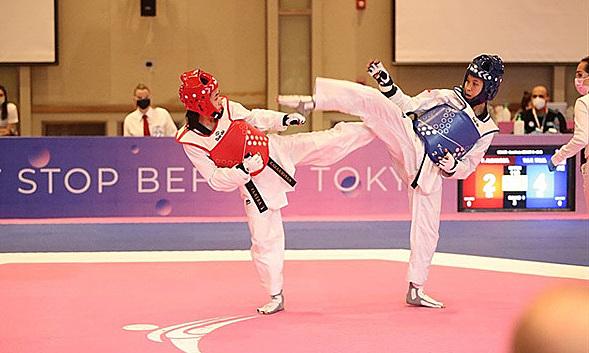 Kim Tuyền (giáp đỏ) là đại diện duy nhất của taekwondo Việt Nam tại Olympic Tokyo. Cô được xếp hạt giống số tám trong 17 võ sĩ dự hạng cân 46kg nữ. Ảnh: WT