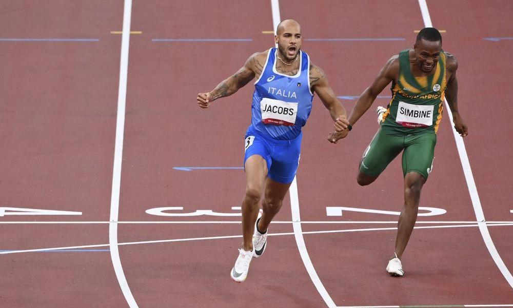 Jacobs memenangkan atletik jarak 100m yang bergengsi.  Foto: AP.