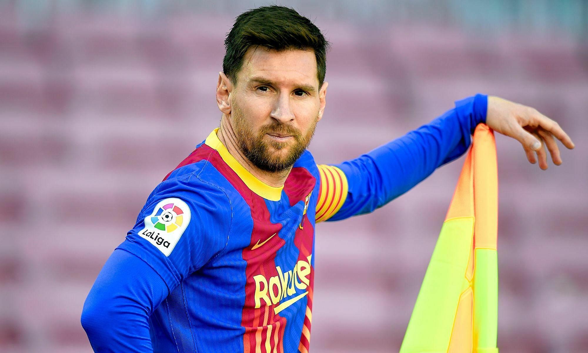Messi về lý thuyết vẫn là cầu thủ tự do, có thể đầu quân cho bất kỳ CLB nào anh muốn, nếu Barca không kịp ký hợp đồng với anh trong hè này. Ảnh: Icon Sport