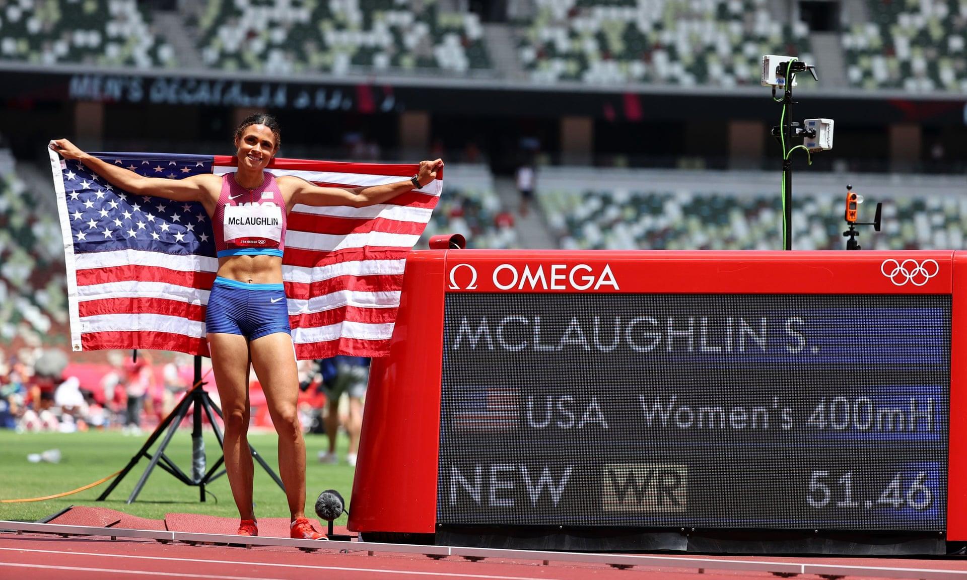 McLauglin bên bảng ghi nhận kỷ lục thế giới mới ở nội dung 400m rào nữ. Ảnh: Reuters