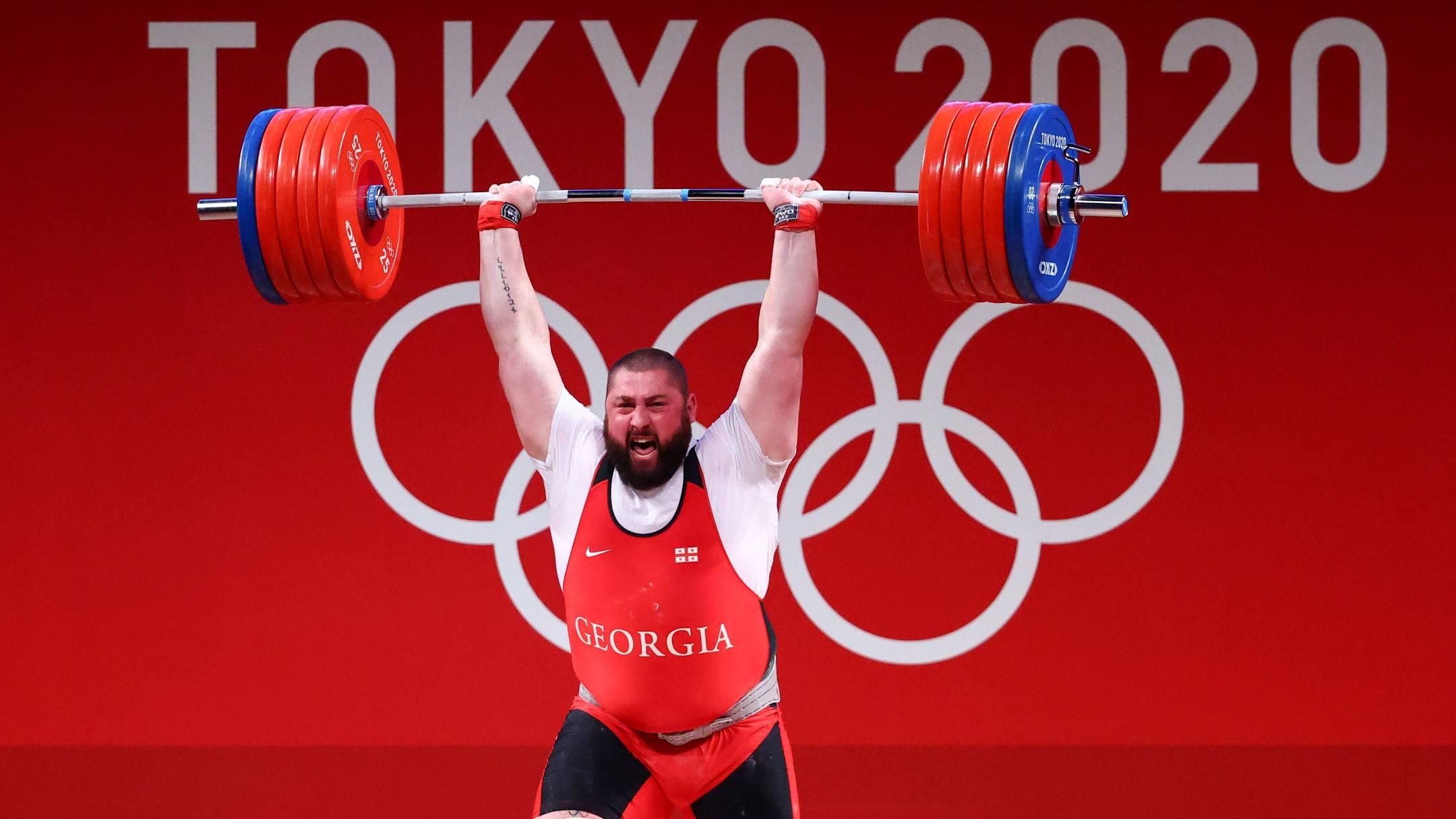 Talakhadze thành công ở cả sáu lần cử tại Olympic 2020, thống trị hạng cân nặng nhất của cử tạ từ năm 2015. Ảnh: Reuters
