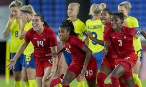 Canada lần đầu đoạt HC vàng bóng đá nữ Olympic