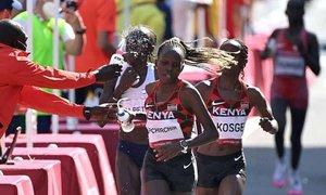 Kỷ lục gia thế giới về nhì marathon nữ Tokyo 2020