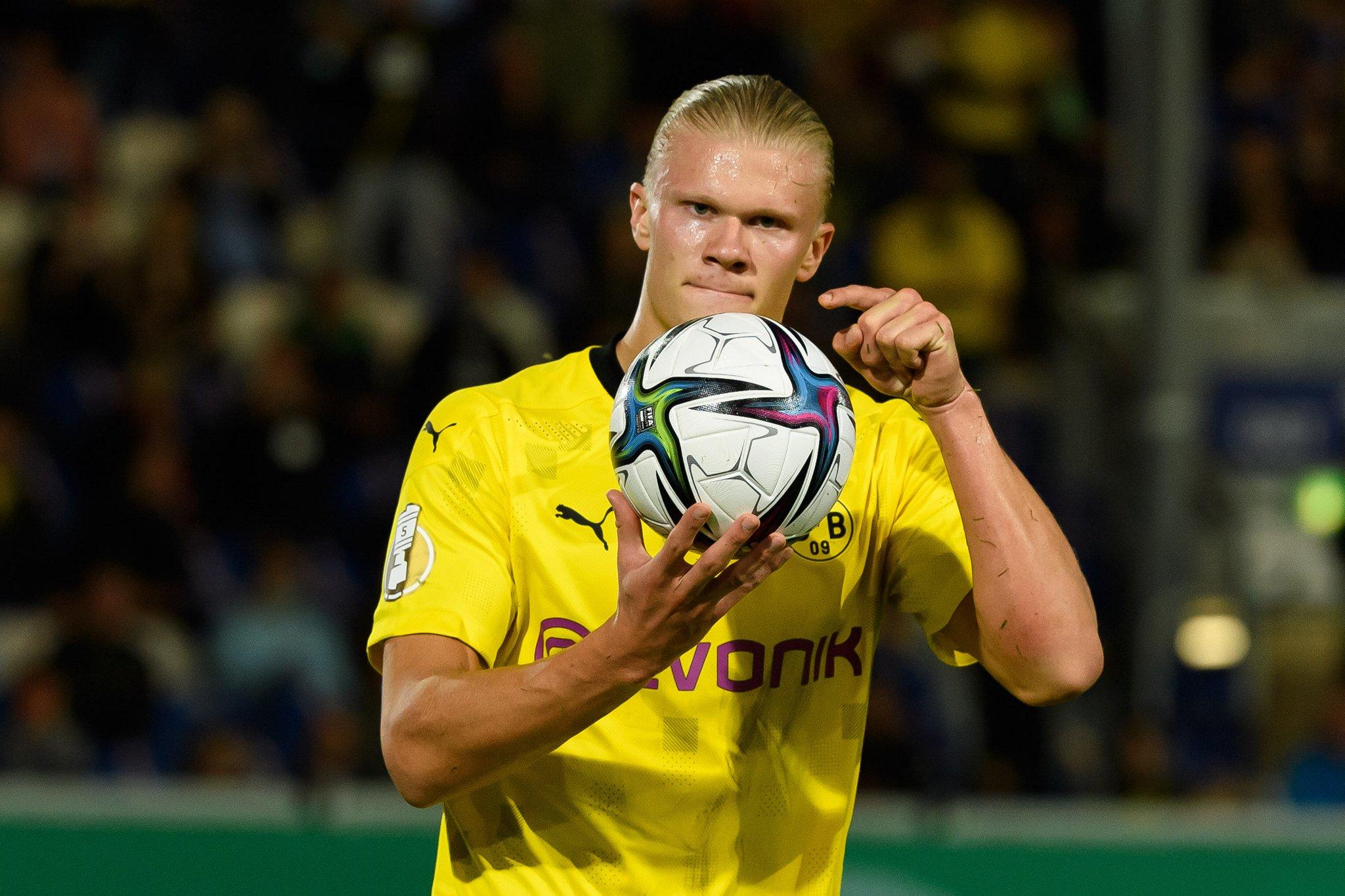 """Haaland ฉลองเป้าหมายในการเอาชนะ Wehen 3-0 เมื่อวันที่ 7 สิงหาคม  ภาพถ่าย: """"BVB ."""""""