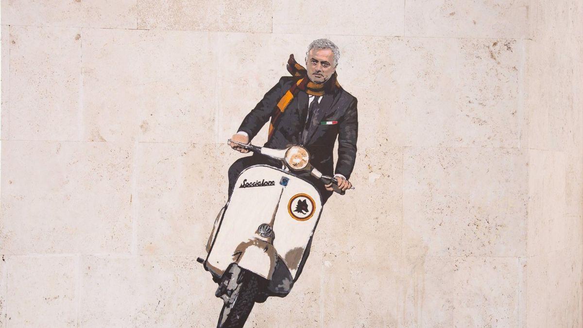 Tranh vẽ Mourinho trên một bức tường ở thủ đô Rome. Ảnh: Guardian.