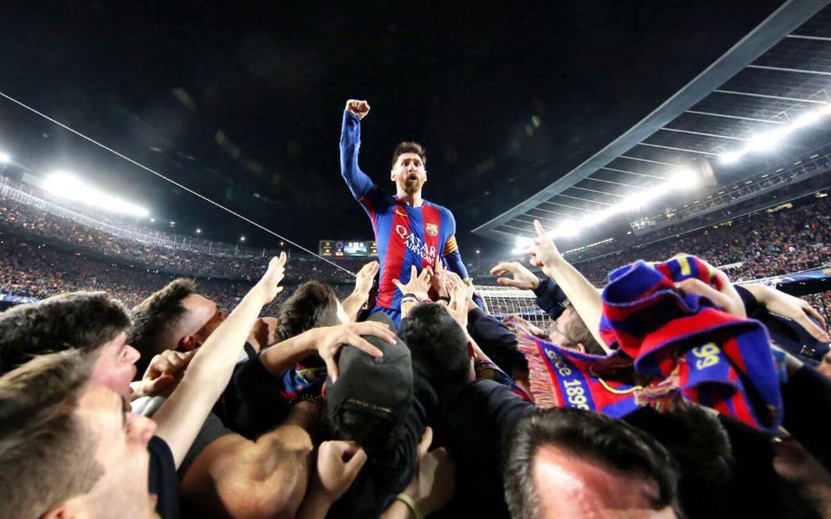 Messi luôn là nơi để các đồng đội trông vào, và có phần lệ thuộc vào anh trong khoảng sáu năm qua. Nhưng từ hè này, Barca sẽ phải học cách thích nghi với cuộc sống không có anh. Ảnh: AFP