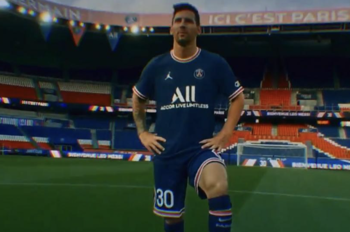 """เมสซี่ในชุด PSG  ภาพถ่าย: """"LÉquipe"""""""