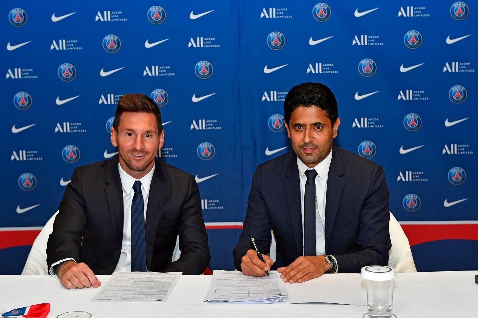 Messi ký hợp đồng với. Chủ tịch PSG - Nasser Al-Khelaifi. Ảnh: PSG.