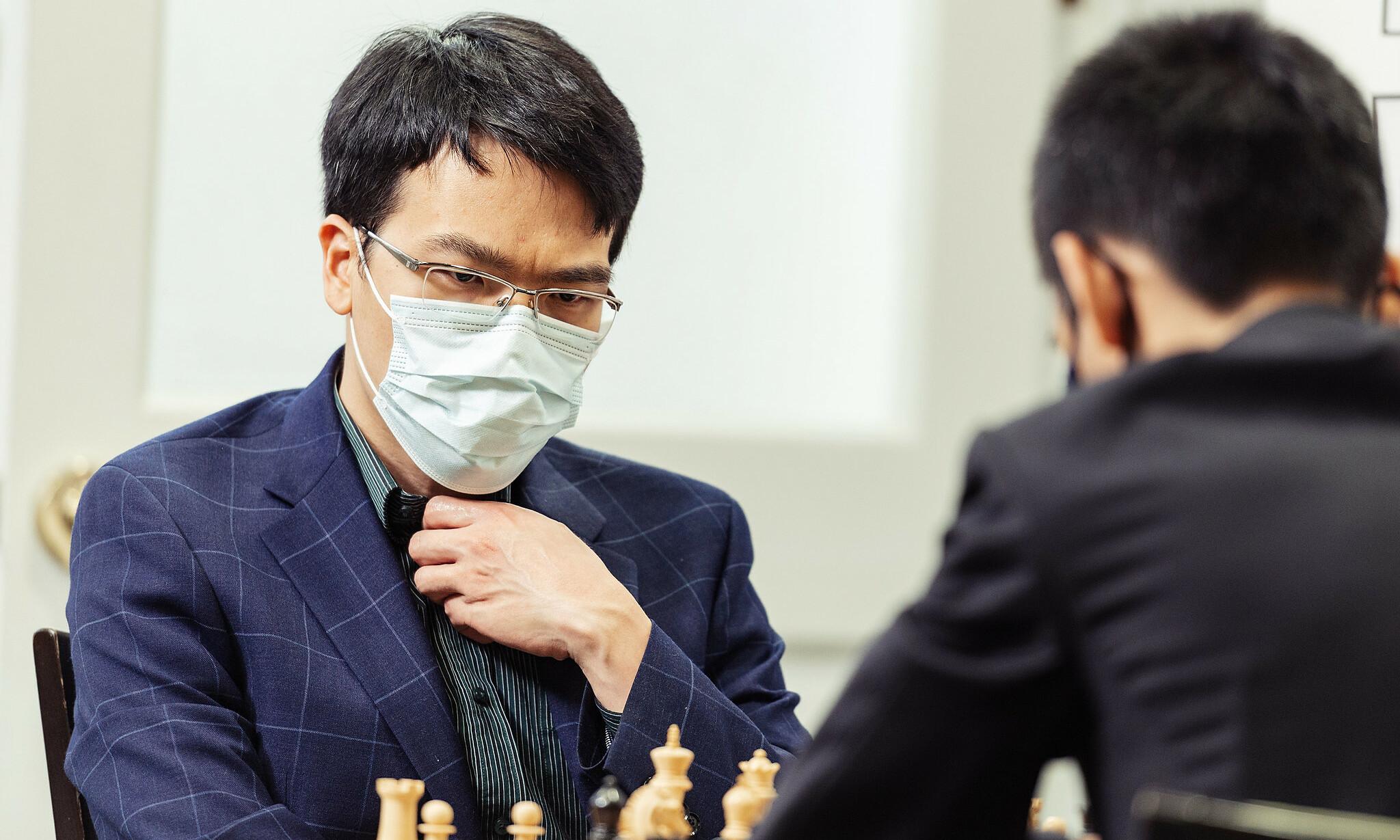 Quang Liêm trong ván thua Xiong sáng 14/8. Ảnh: Lennart Ootes/Grand Chess Tour
