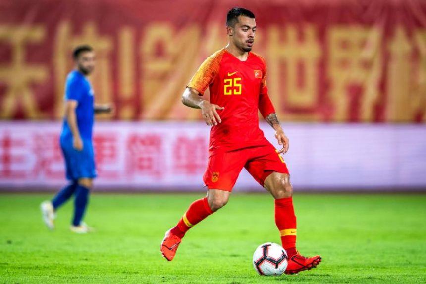 Li Ke ra mắt trong trận Trung Quốc thắng Philippines 2-0 hôm 7/6/2019. Ảnh: AFP