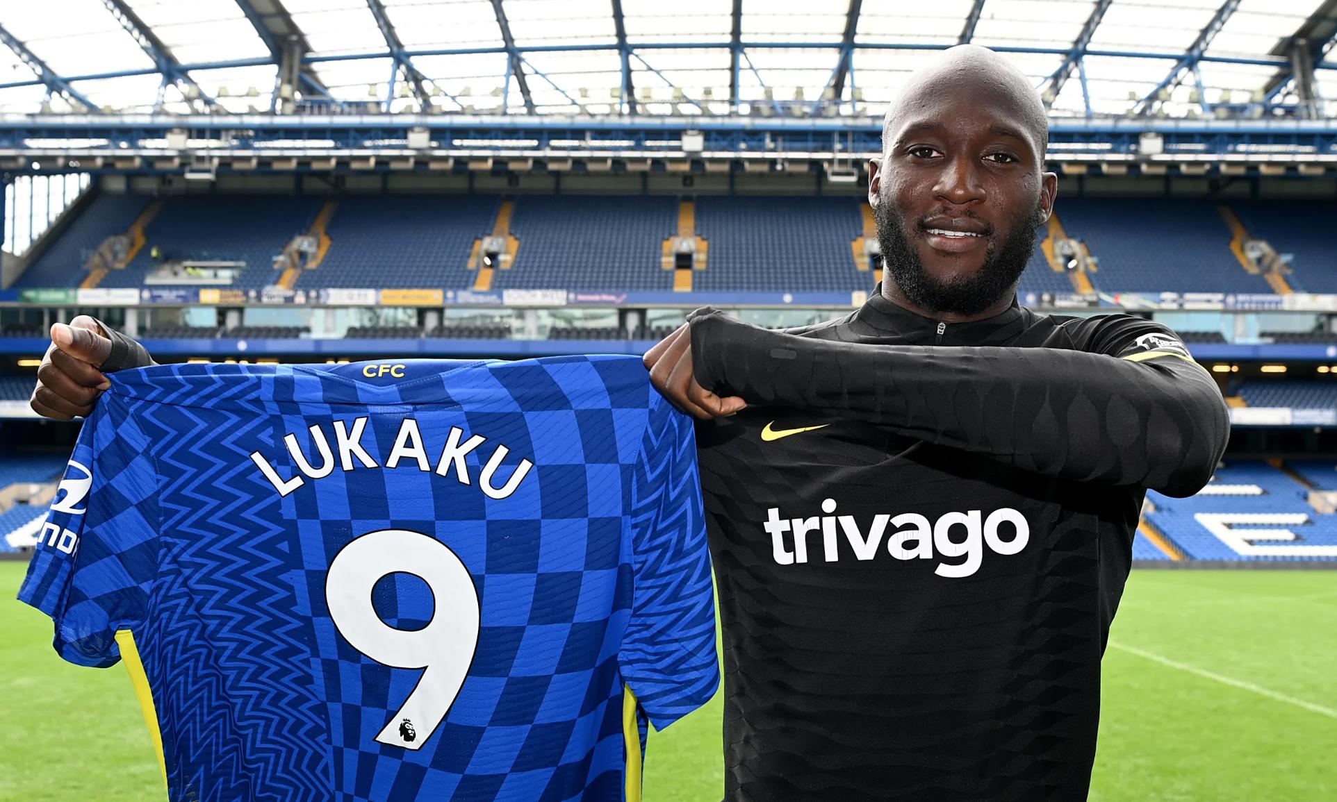 Lukaku ได้รับเสื้อหมายเลข 9 ที่ Chelsea เมื่อวันที่ 18 สิงหาคม  หมายเลขเสื้อนี้ก่อนหน้านี้เป็นของแทมมี่ อับราฮัม กองหน้ารายนี้เพิ่งขายให้กับโรม่าเมื่อวันที่ 17 สิงหาคม  รูปถ่าย: Chelsea FC