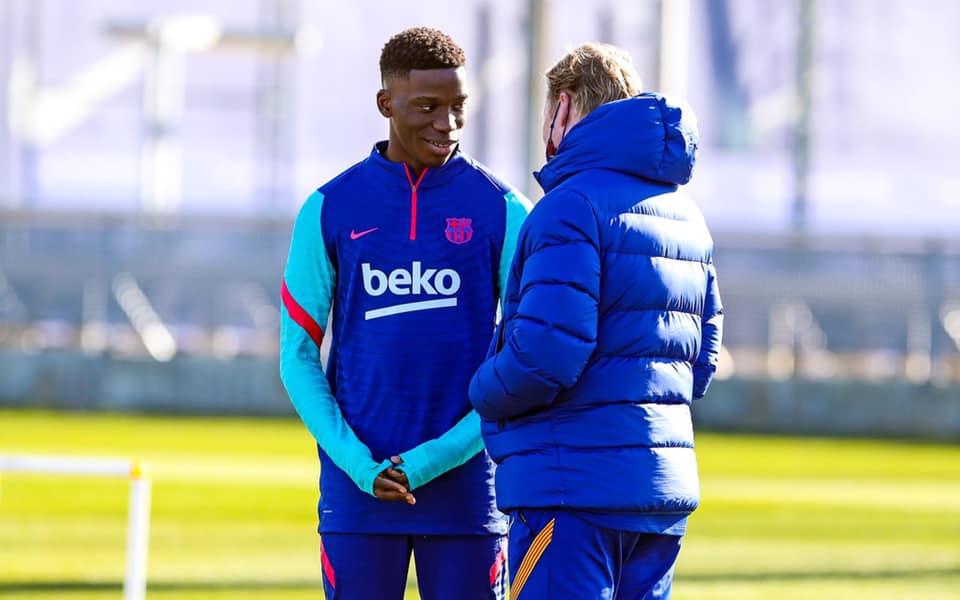 "Moriba ยังไม่ได้ลงทะเบียนโดย Barca เพื่อเล่นในฤดูกาลนี้  ภาพถ่าย: ""FCB ."""