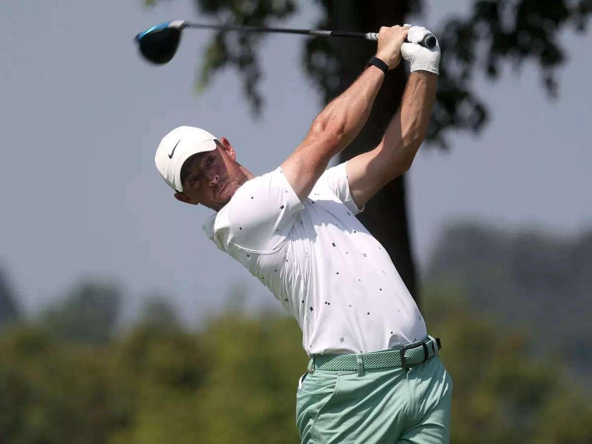 McIlroy tuần này sẽ làm quen với hai món mới trong bộ gậy tranh tài tại BMW Championship. Ảnh: GolfweekBMW Championship