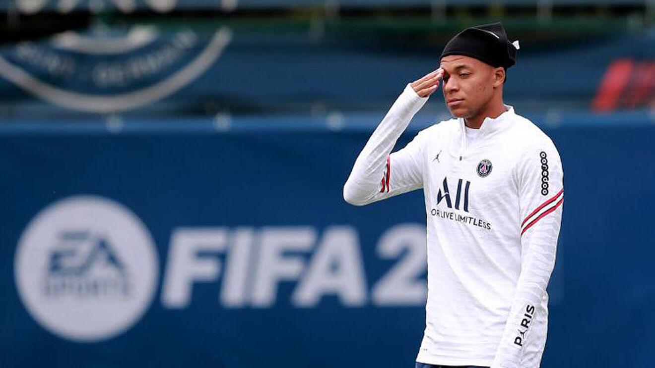 Mbappe đã nói với các đồng đội về ước muốn sang Real Madrid. Ảnh: Reuters
