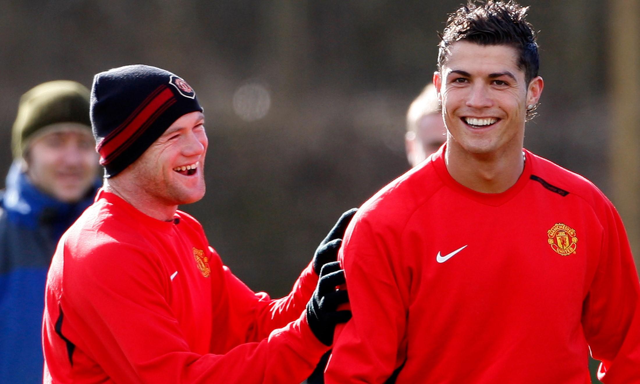 Rooney và Ronaldo từng là chiến hữu tại Man Utd. Ảnh: Reuters.