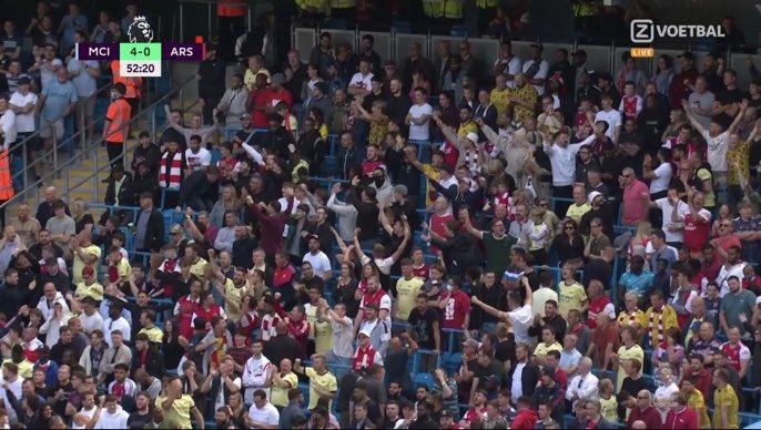Không ít CĐV Arsenal mừng tuyệt phẩm của Rodri. Ảnh: chụp màn hình