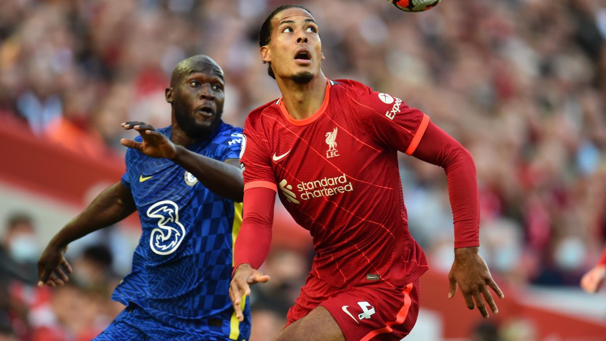 Lukaku tái hợp Chelsea, Van Dijk trở lại Liverpool sau một năm vắng mặt vì chấn thương được kỳ vọng sẽ tăng nhiệt cho cuộc đua vô địch. Ảnh: Reuters