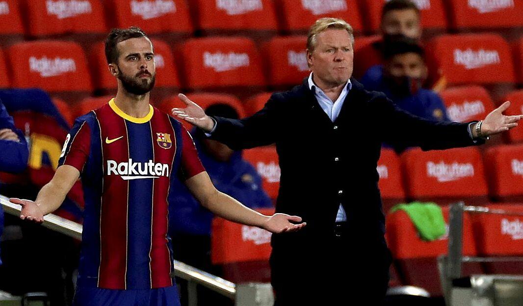 Koeman sẽ phải xoay trở với những cầu thủ mà ông không mong muốn như Pjanic cho mục tiêu vô địch La Liga mùa này. Ảnh: EFE