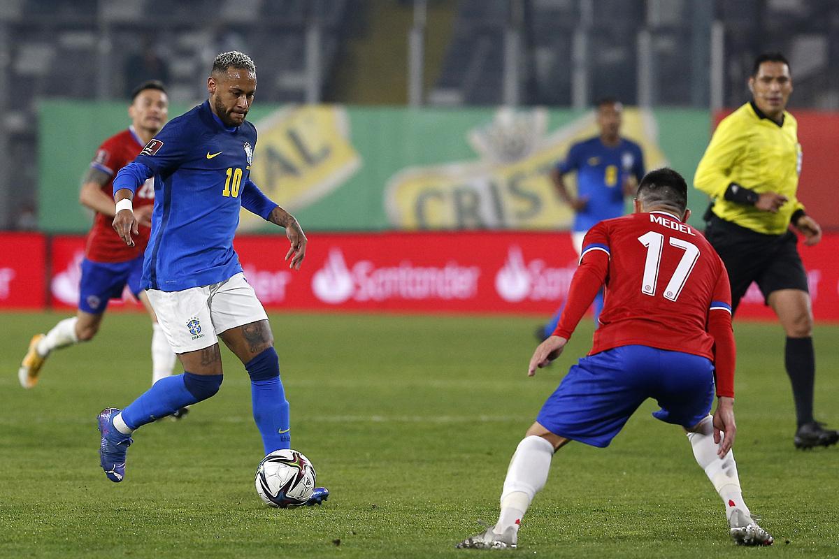 Neymar chơi mờ nhạt khi thiếu những đối tác quen thuộc trên hàng công. Ảnh: Twitter
